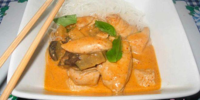 Как приготовить курицу по-тайски, с кокосовым молоком