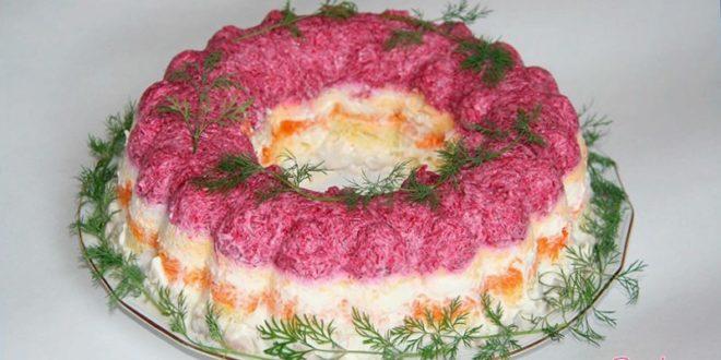 Смачный мясной салат под шубой