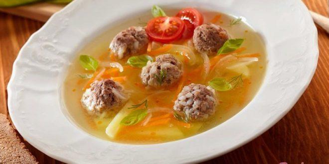 Легкий сытный суп с фрикадельками