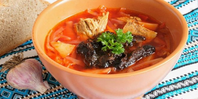 Суп с черносливом особенно и смачно