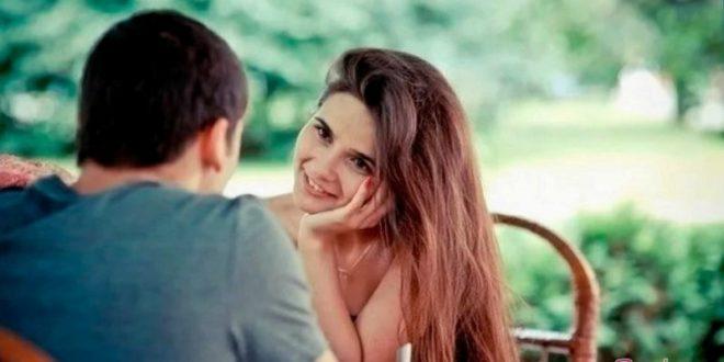 Стоит девушке первой признаваться юноше в любви